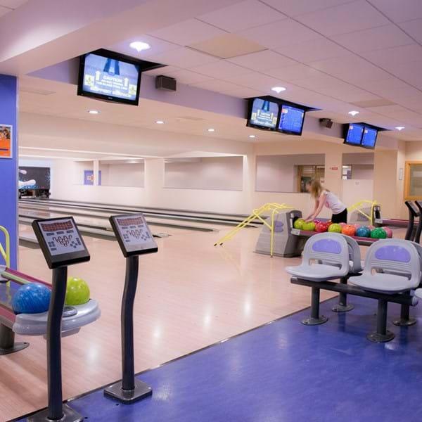 Farnborough bowl seating area