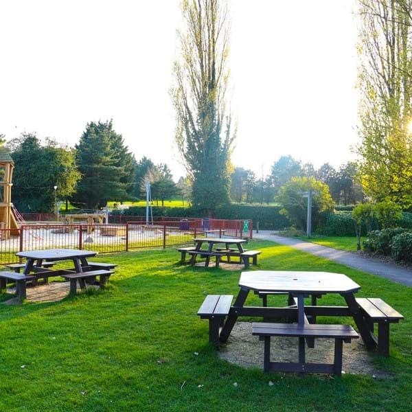 Charlton Lakeside park