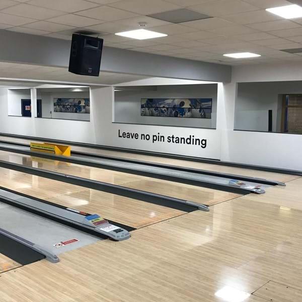 Farnborough bowling lanes
